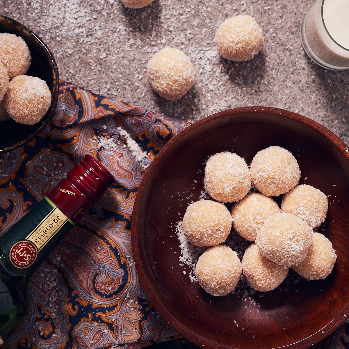 White Rum Balls Delightful Vegans